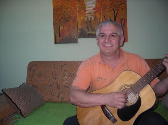 orang gitara